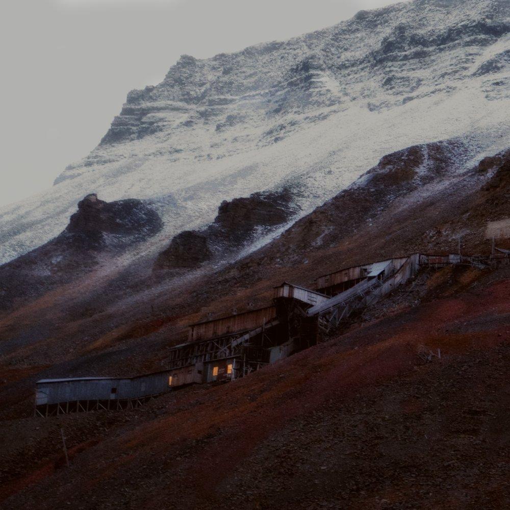 Coal Mine Nº2B, Svalbard