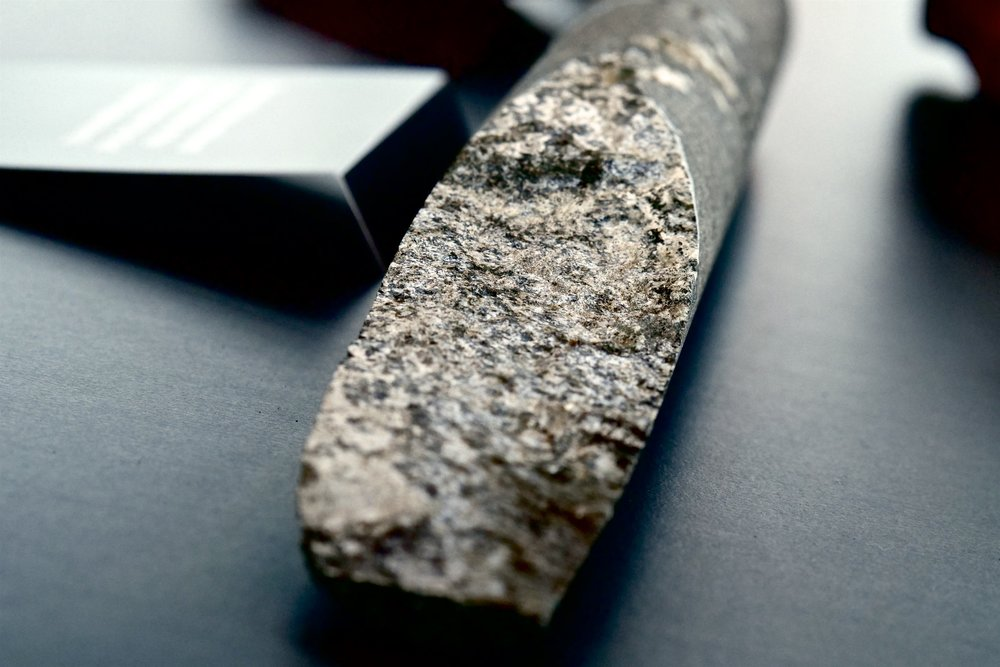 Basalt drill core from CarbFix 1 after first experiments