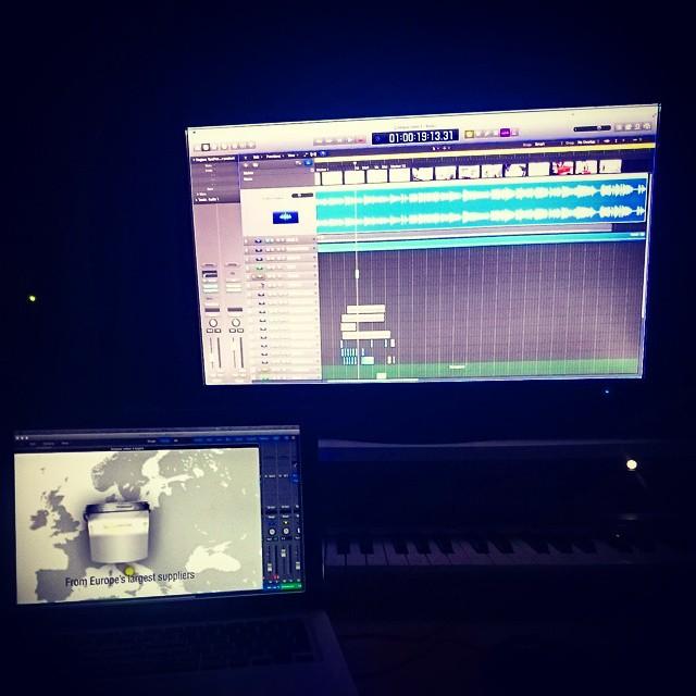 Ljudlägger sci-fi-hinkar. #Brus #sounddesign
