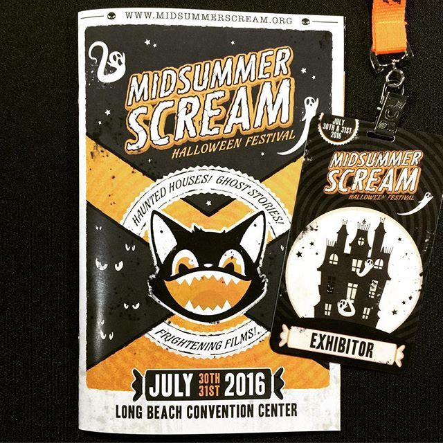 The Midsummer Scream Halloween Festival is happening this weekend in Long Beach, CA! It's an excellent event put on by our friends from @themeparkadventure and @creepyla. If you're in the area, you should definitely check it out! Find us at booth 417. 👻 #tophaunts #midsummerscream