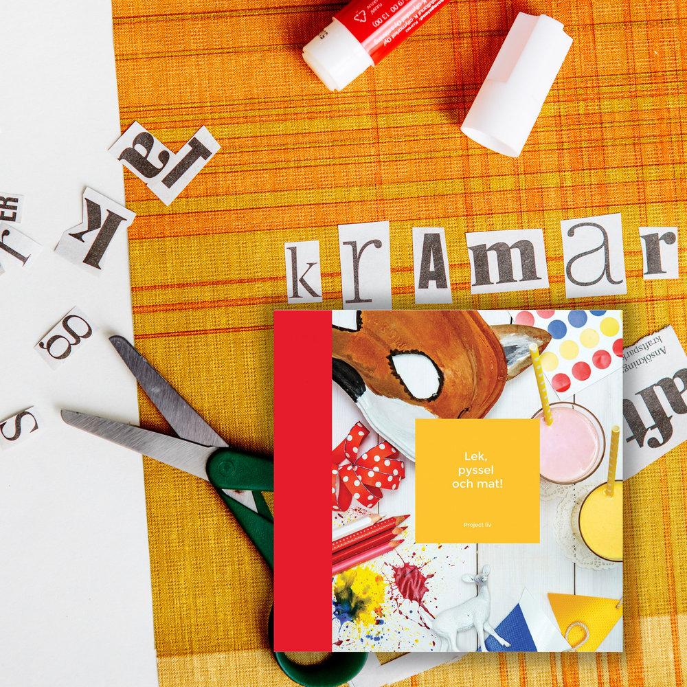 Project Liv - Boken utgår från de långtidssjuka familjernas behov, men kan tas fram av vem som helst en regnig och tråkig dag, både på sjukhus och hemma.Lek, pyssel och mat är formgiven av Magnus Lindström, fotograferad av Linus Lindholm mfl. och producerad av Johanna Stenback. Vi har med hjälp av många inspirerande kreatörer så som stjärnkockarna Paul Svensson och Michael Björklund, matbloggaren och stylisten Anna Granér, BUU-programledaren och pysslaren Hanna Enlund, bokstavsillustratören Sofie Björkgren-Näse, utepedagogen Ida Kronholm och dramapedagogerna Dialog - ett dramapedagogiskt kollektiv och Malin Olkkola samlat lekar, recept och pyssel. Därtill har föräldrarna Mika Eklund och Linda Ramadani, programledaren och extremsportaren Aron Andersson och flickan med sitt tredje hjärta Julia Sundqvist bidragit med sina tankar om att leva med långtidssjukdom.