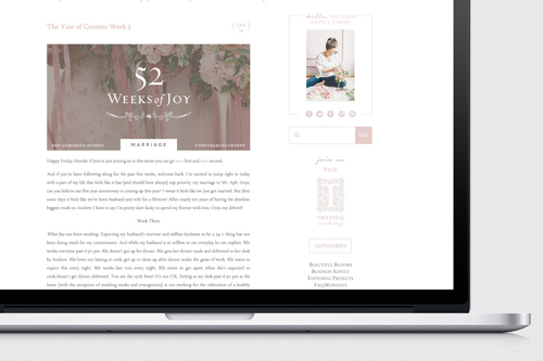 A matching blog home was designed on her separate blog URL.