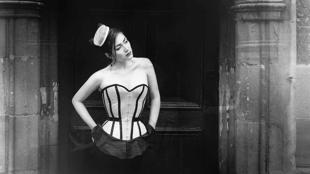 "Pop Antique ""College"" corset with peplum 