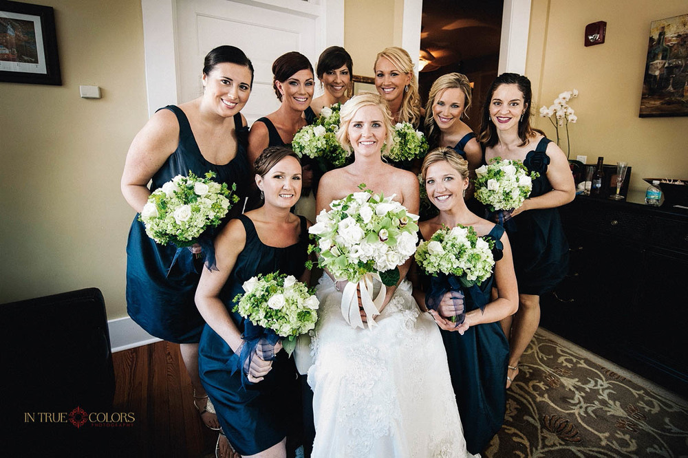 Palmetto Riverside bed and breakfast wedding, Bride with bridesmaids, beautiful wedding flowers