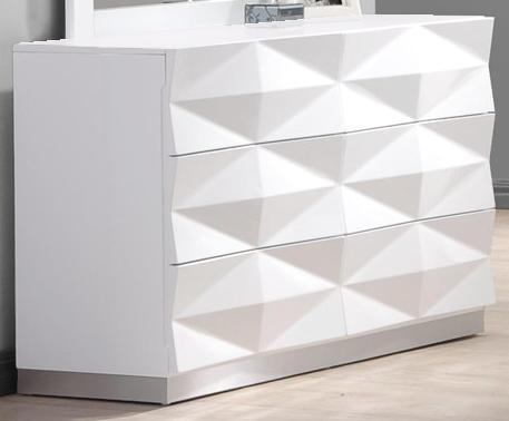 J&M - Verona Dresser.png
