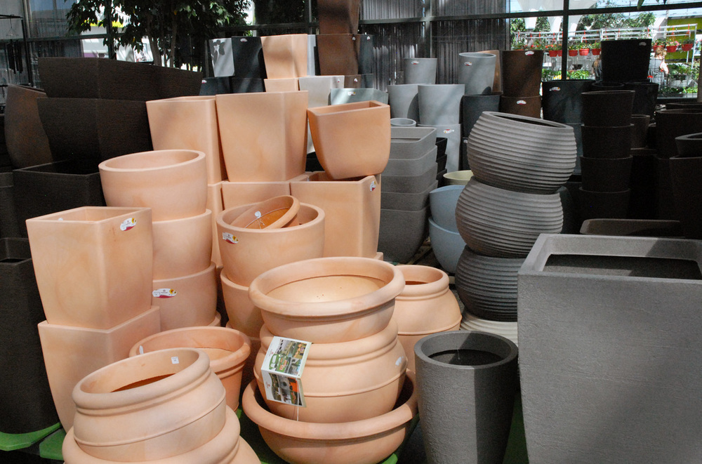 Container-gardening-planter-pot-edmonton-stalbert-holes