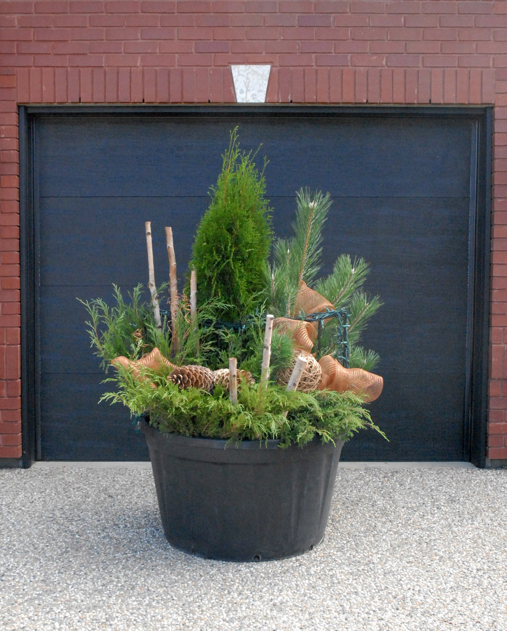 Winter Planter 2015 - Large 2.jpg