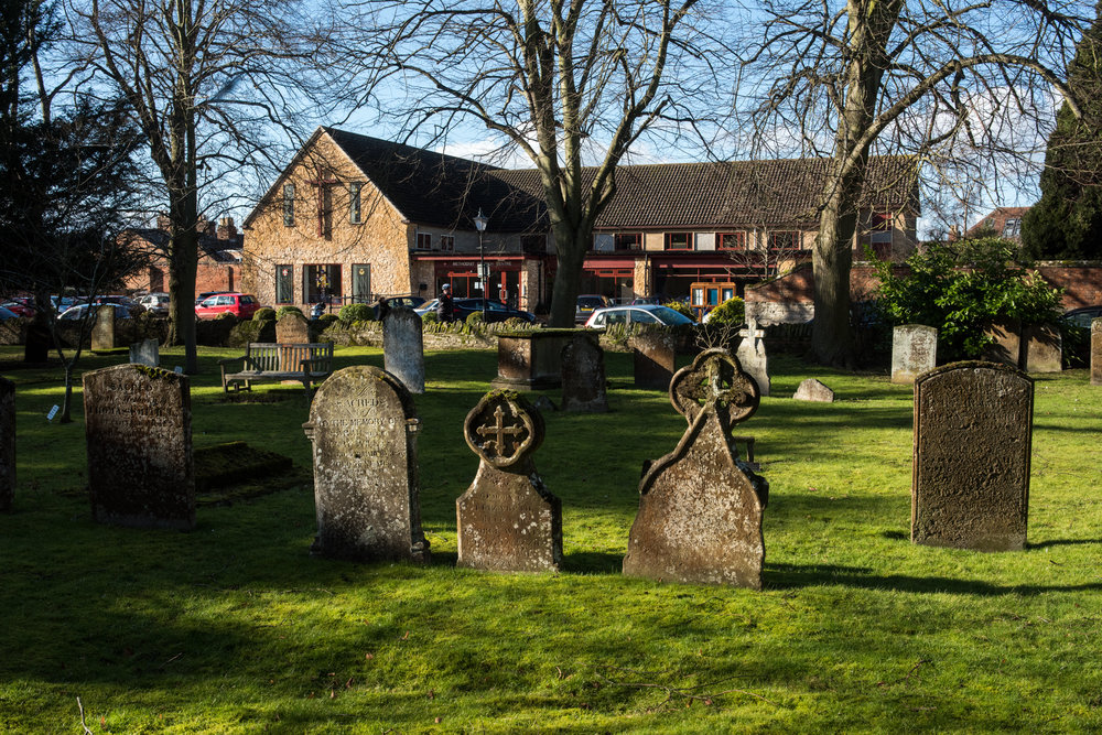 Holy Trinity Church Stratford Church Service Graveyard Methodist Church Church Of England Stratford-upon-Avon 2018