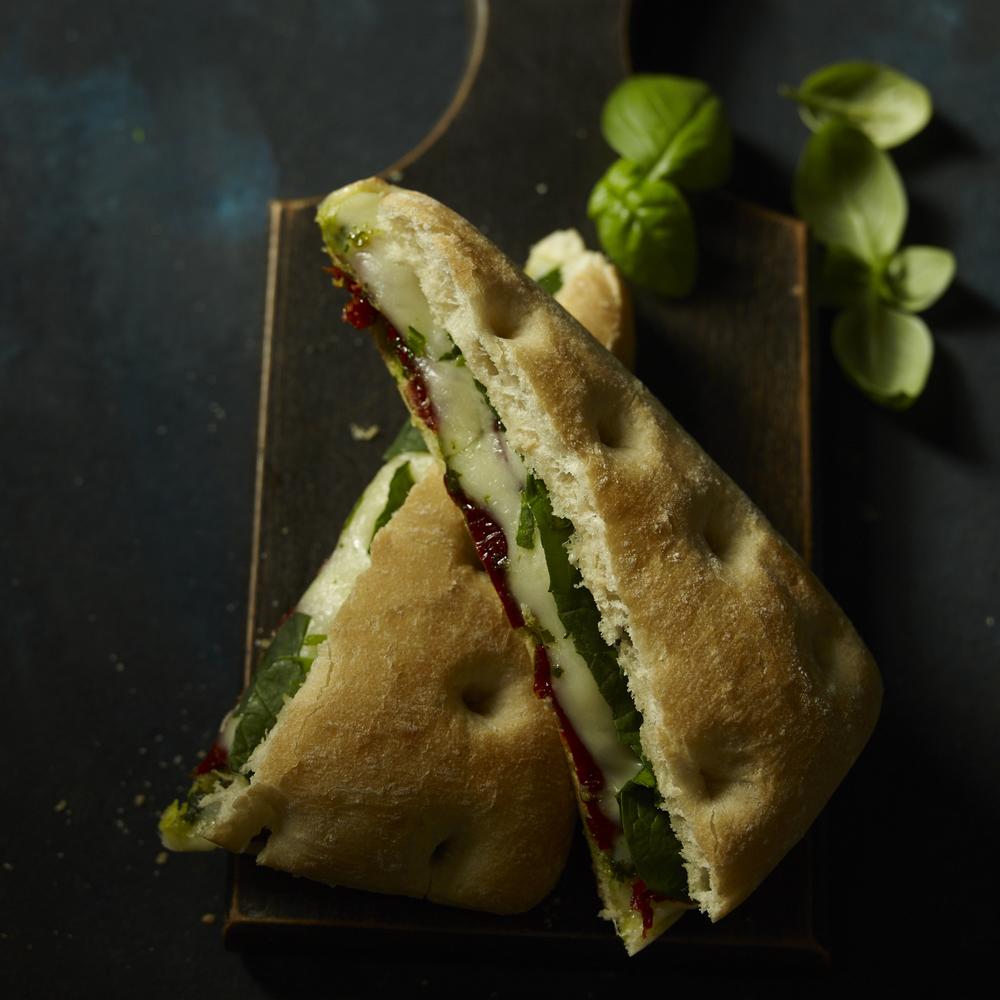 03_Tomato_Mozzerella_Sandwich_132.jpg