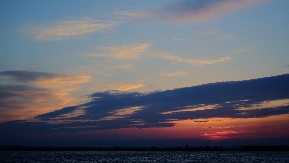 Der Klassiker - ein Sonnenuntergang. Seit meiner Zeit mit der vollmechanischen analogen Minolta X-700 konnte ich mich nicht mehr dazu aufraffen solche Fotos zu machen, die X-T1 mache es mir einfach. Auch hier ist das Foto direkt aus der Kamera.