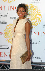 eva-mendes-valentino-garavani-designer-exhibition-valentino-a-roma-45-years-of-style-red-carpet-arrivals-0ngwnE.jpg