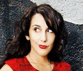 Comedian Giulia Rozzi