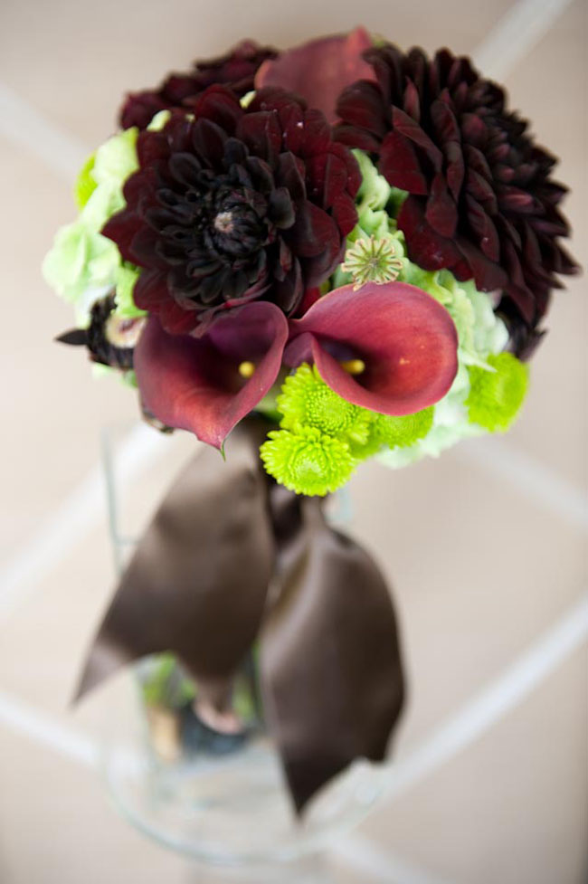 burgundy and green bridal bouquet.jpg