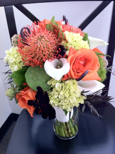 orange green bridal bouquet.jpeg