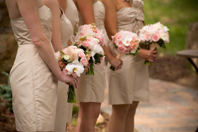 pink and white bridesmaid bouquets.jpg