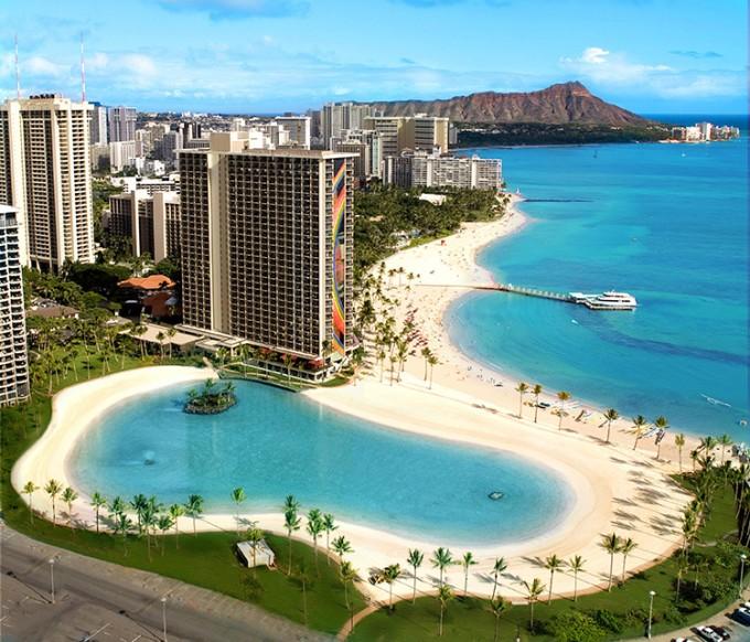 HiltonHawaiianVillageDukeKahanamokuLagoonAerial-low