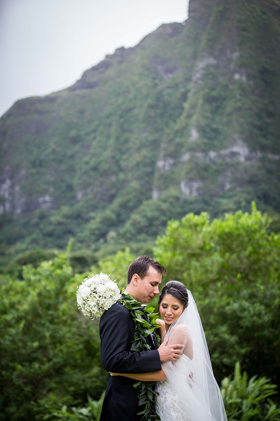 Koolau-Ballrooms-Wedding-041116-10.jpg