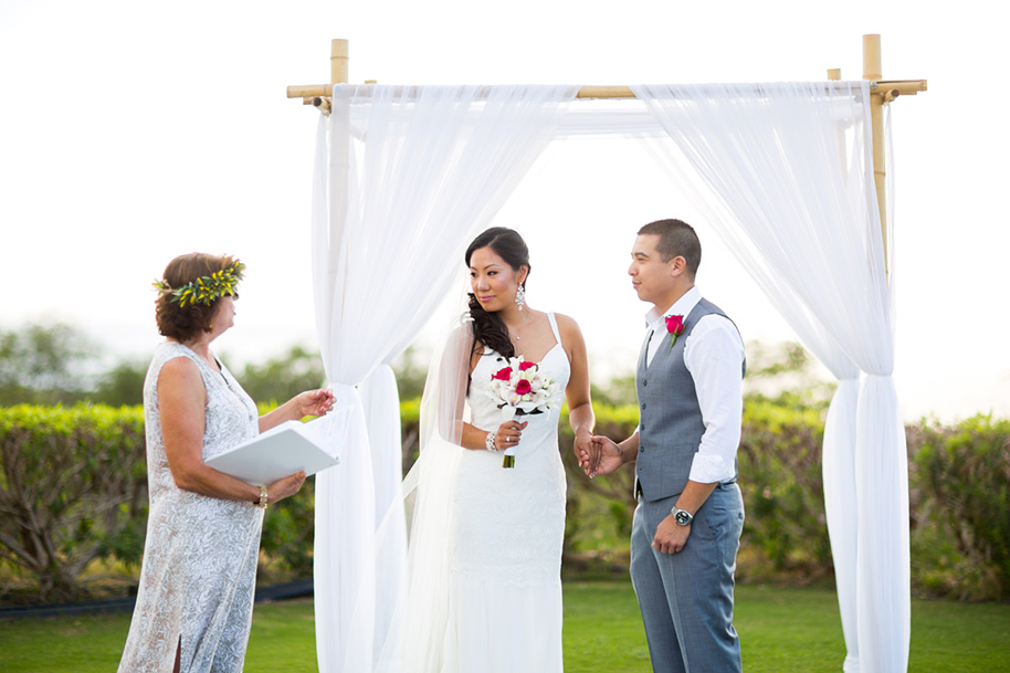 Maui-Beach-Wedding-041216-11