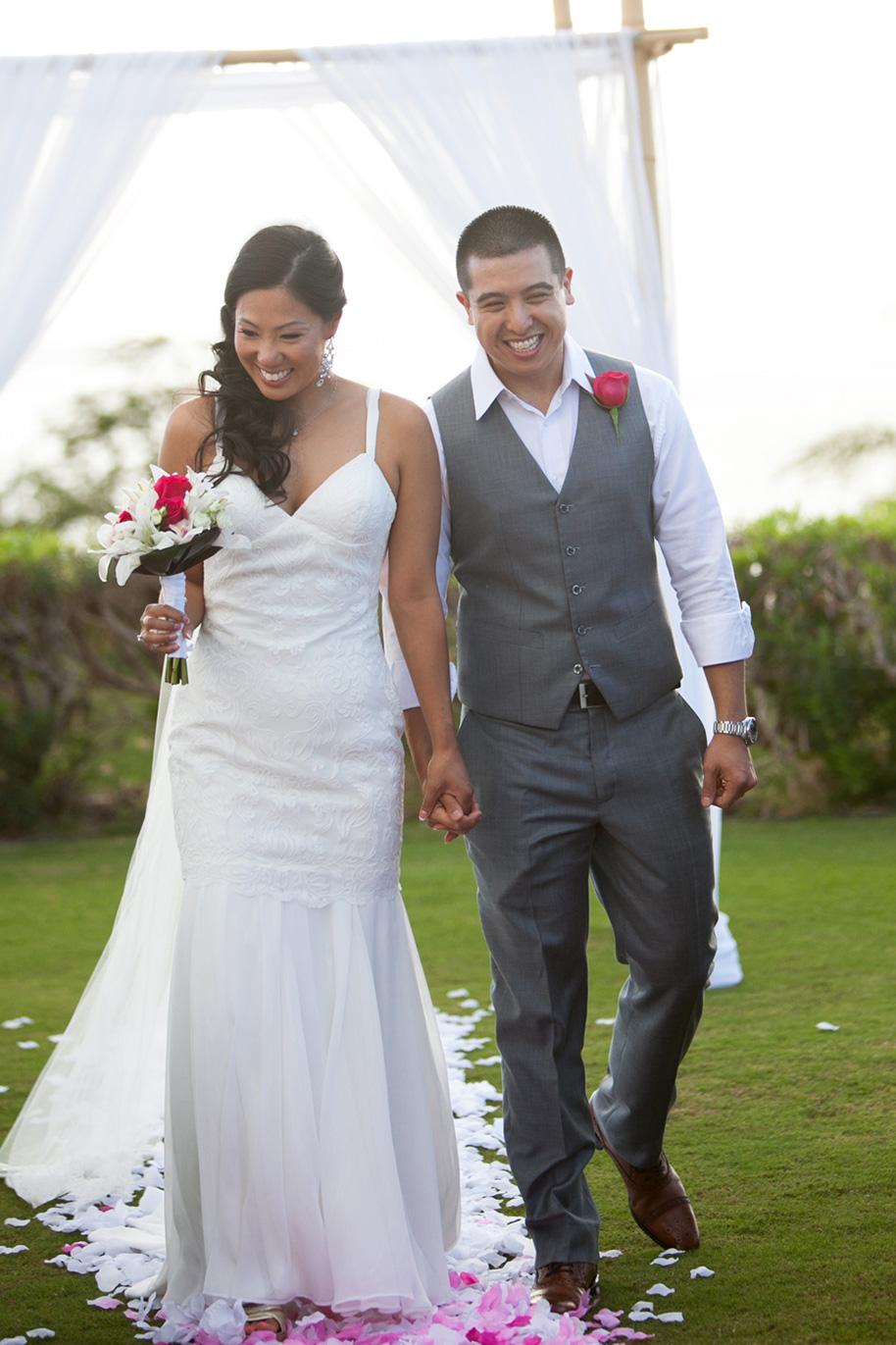 Maui-Beach-Wedding-041216-12
