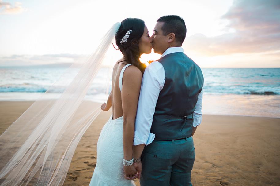 Maui-Beach-Wedding-041216-23