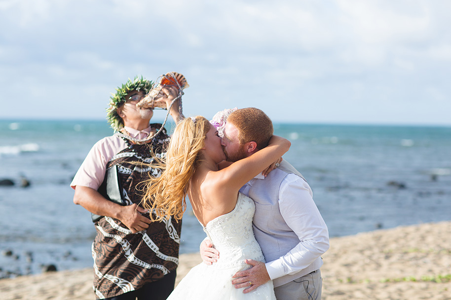 Maui-Beach-Wedding-042816-18