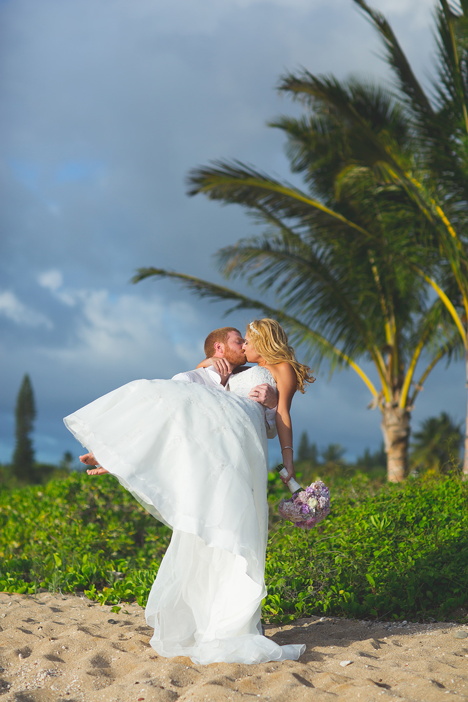Maui-Beach-Wedding-042816-22