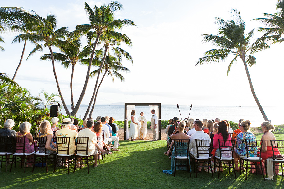 Maui-Beachside-Wedding-042916-10