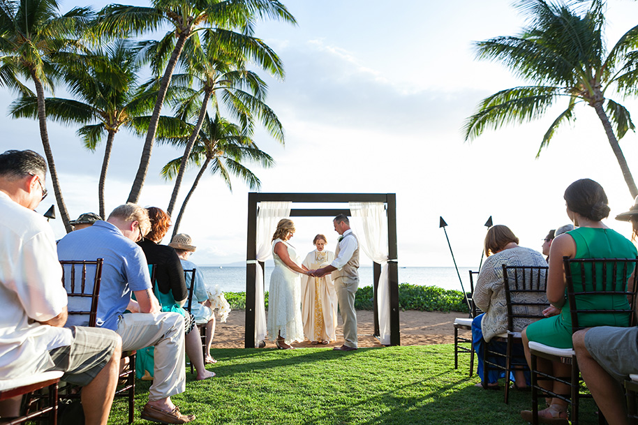 Maui-Beachside-Wedding-042916-13