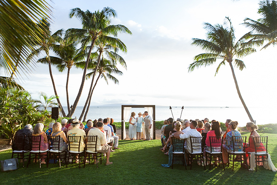 Maui-Beachside-Wedding-042916-18