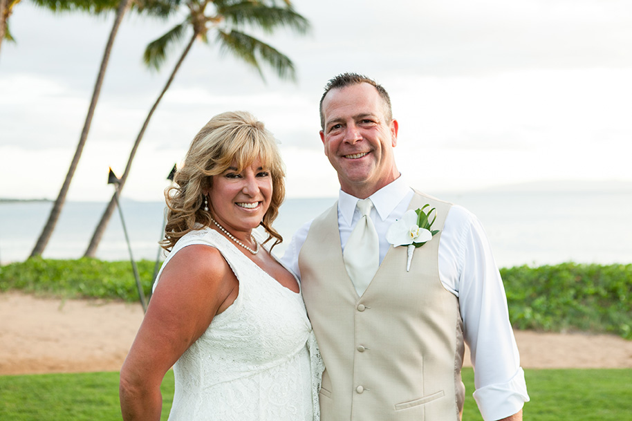 Maui-Beachside-Wedding-042916-25