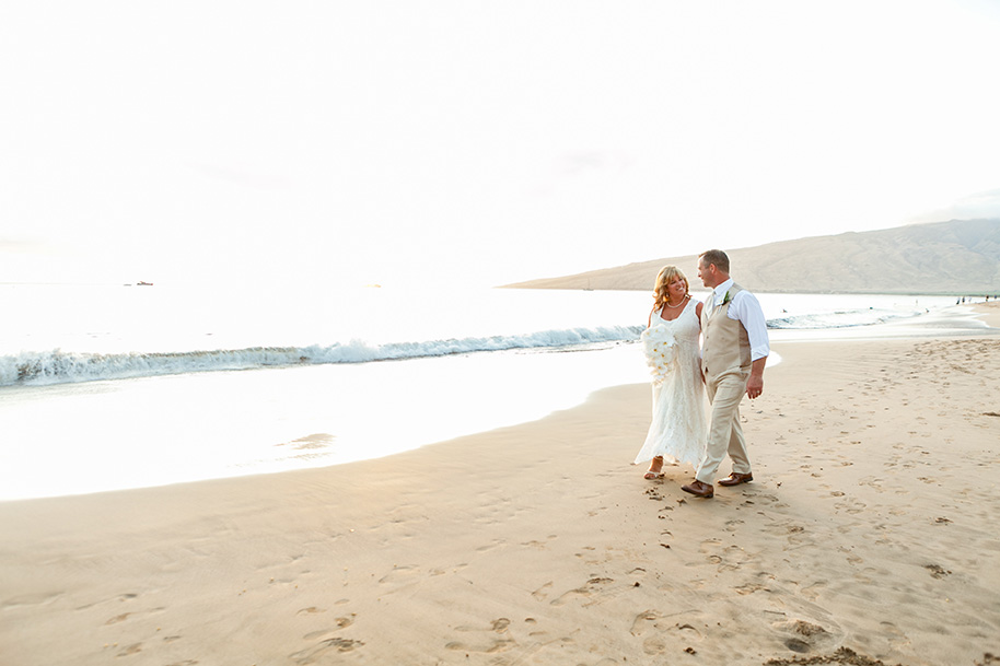 Maui-Beachside-Wedding-042916-27