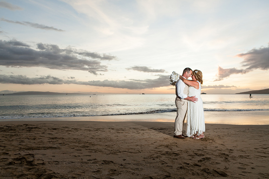 Maui-Beachside-Wedding-042916-28