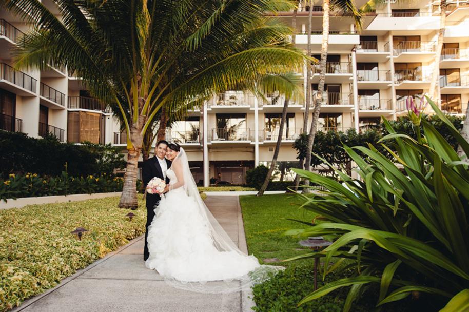 Derek-Wong-Photography-Halekulani-Wedding21