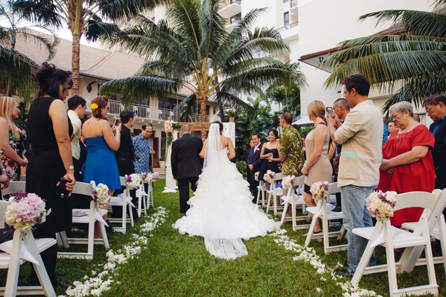 Derek-Wong-Photography-Halekulani-Wedding25