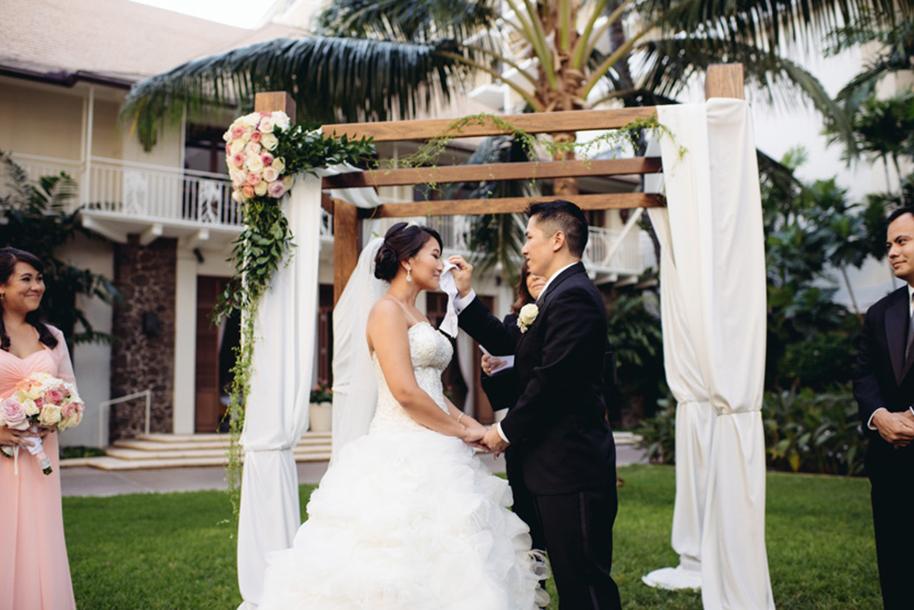 Derek-Wong-Photography-Halekulani-Wedding29