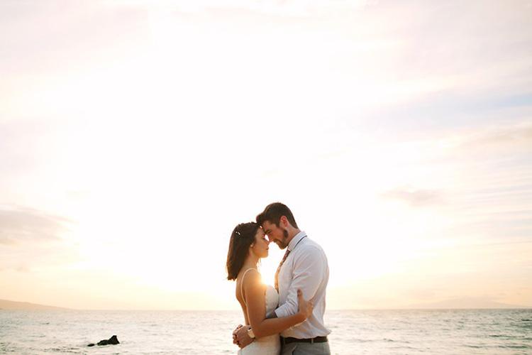 Maui-Beach-Wedding-070616-FEATURED.jpg