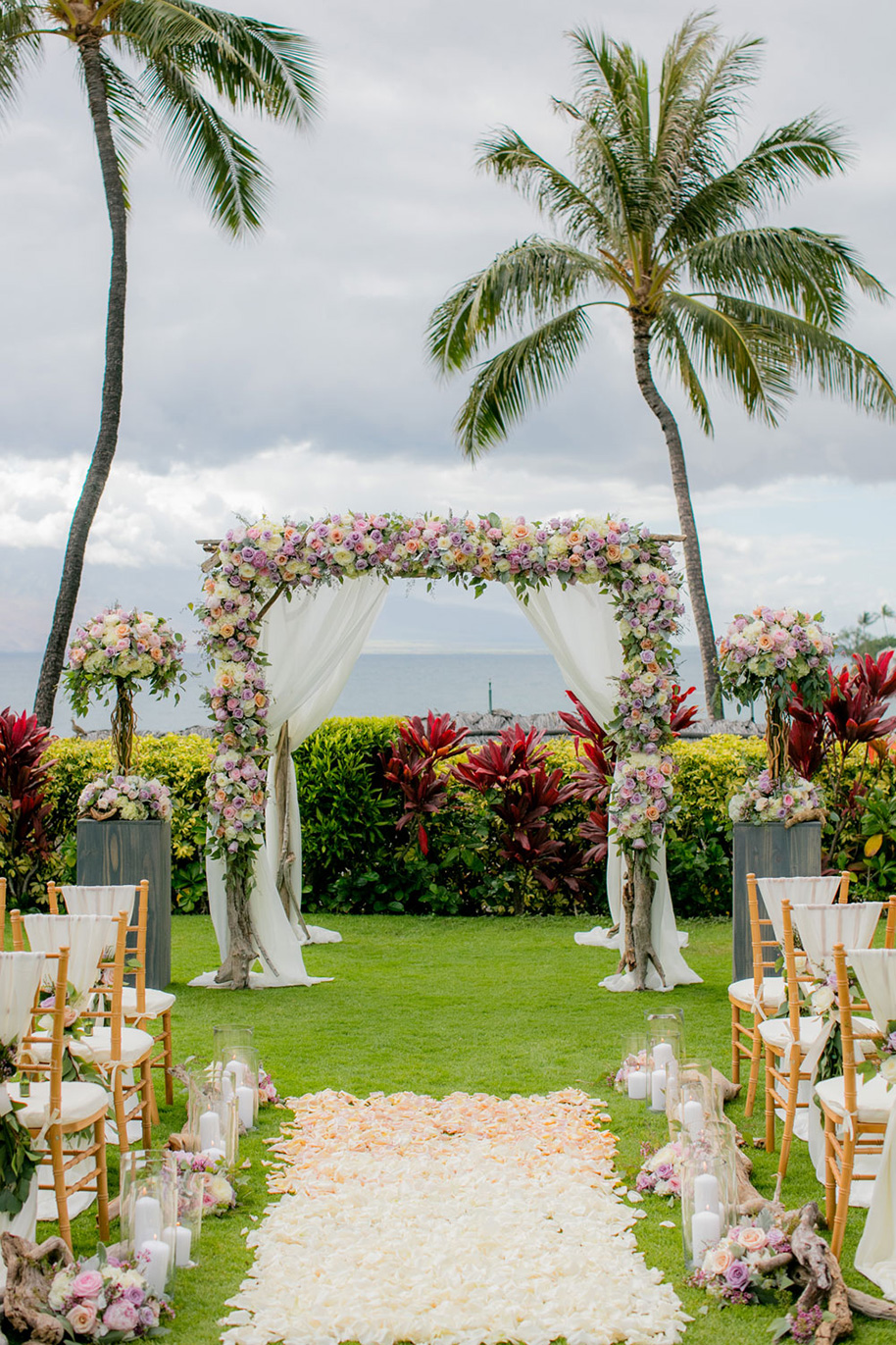 Four-Seasons-Maui-Wedding-101016-7.jpg