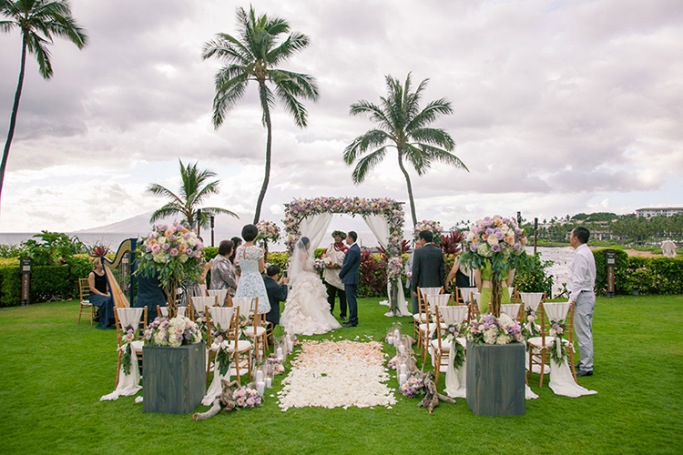 Four-Seasons-Maui-Wedding-101016-FEATURED.jpg