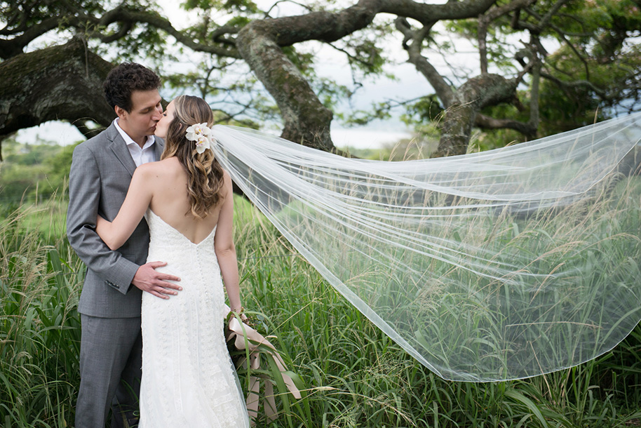Kualoa-Ranch-Wedding-15.jpg