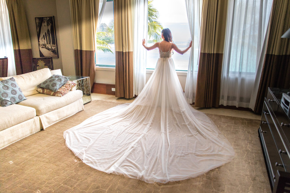 Luxurious Resort Wedding At The Royal Hawaiian Hotel