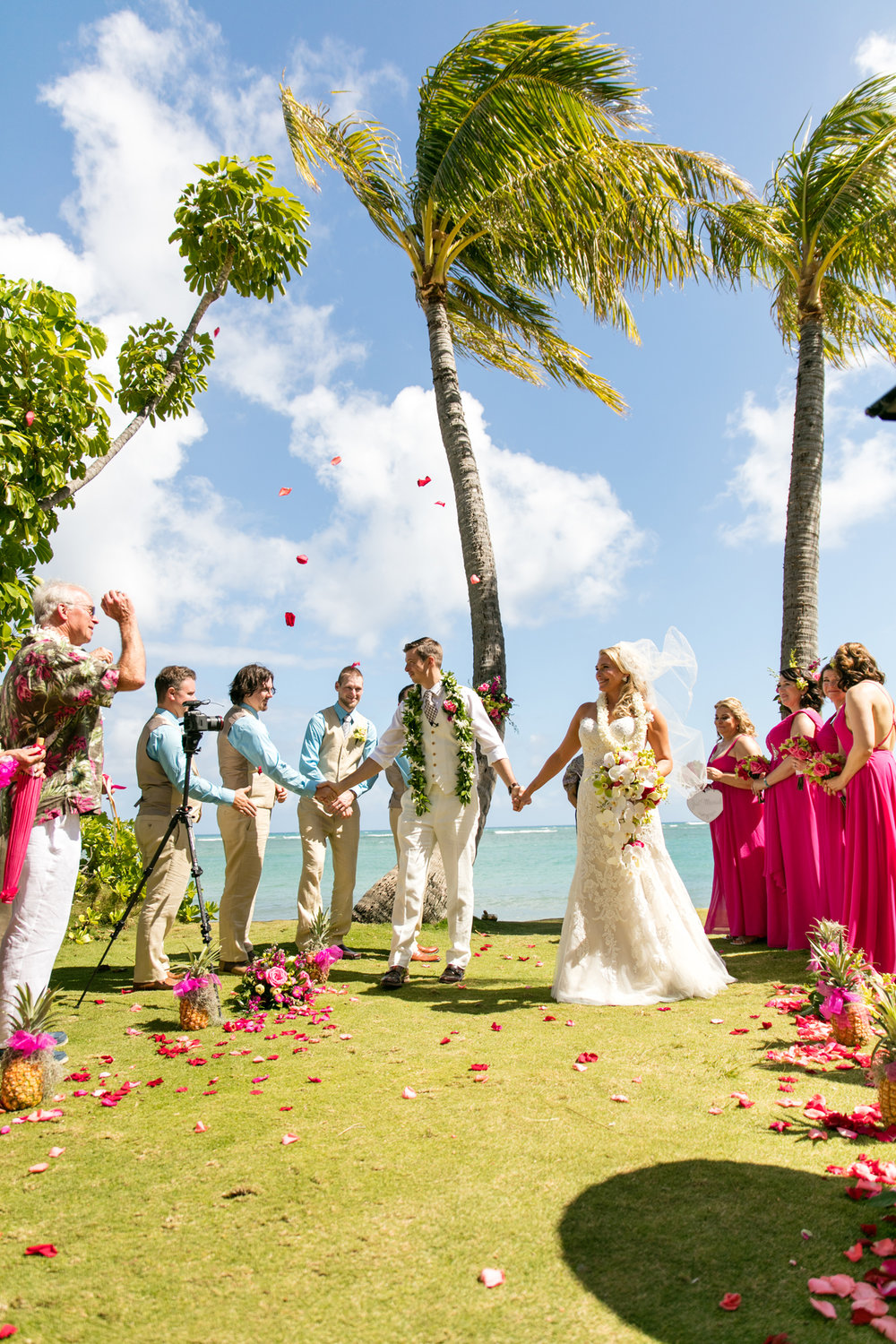 Waikiki Wedding At The Moana Surfrider