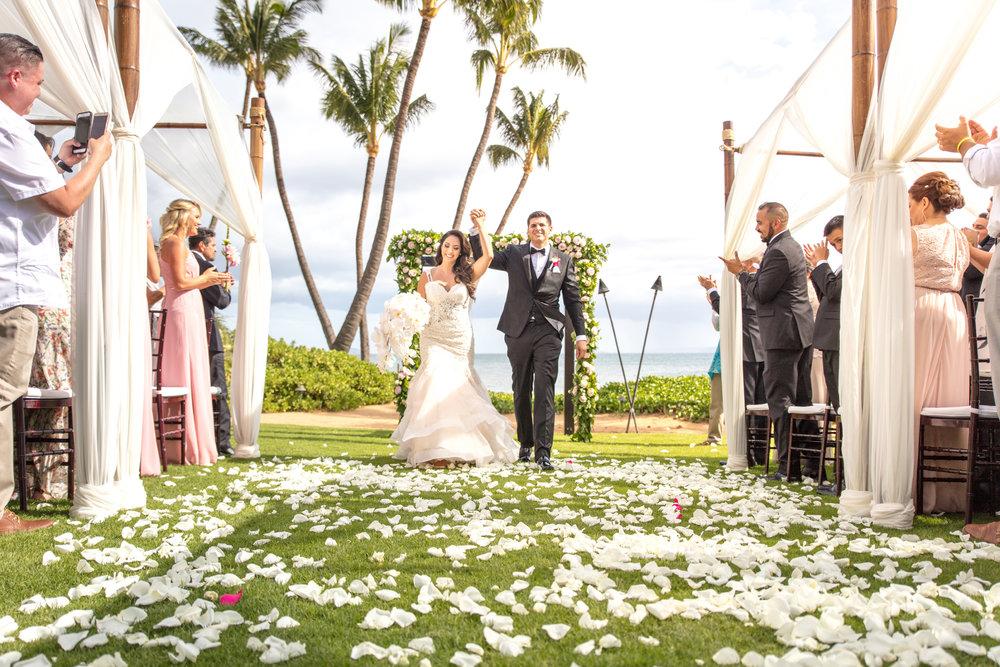 Vibrant Maui Oceanside Wedding