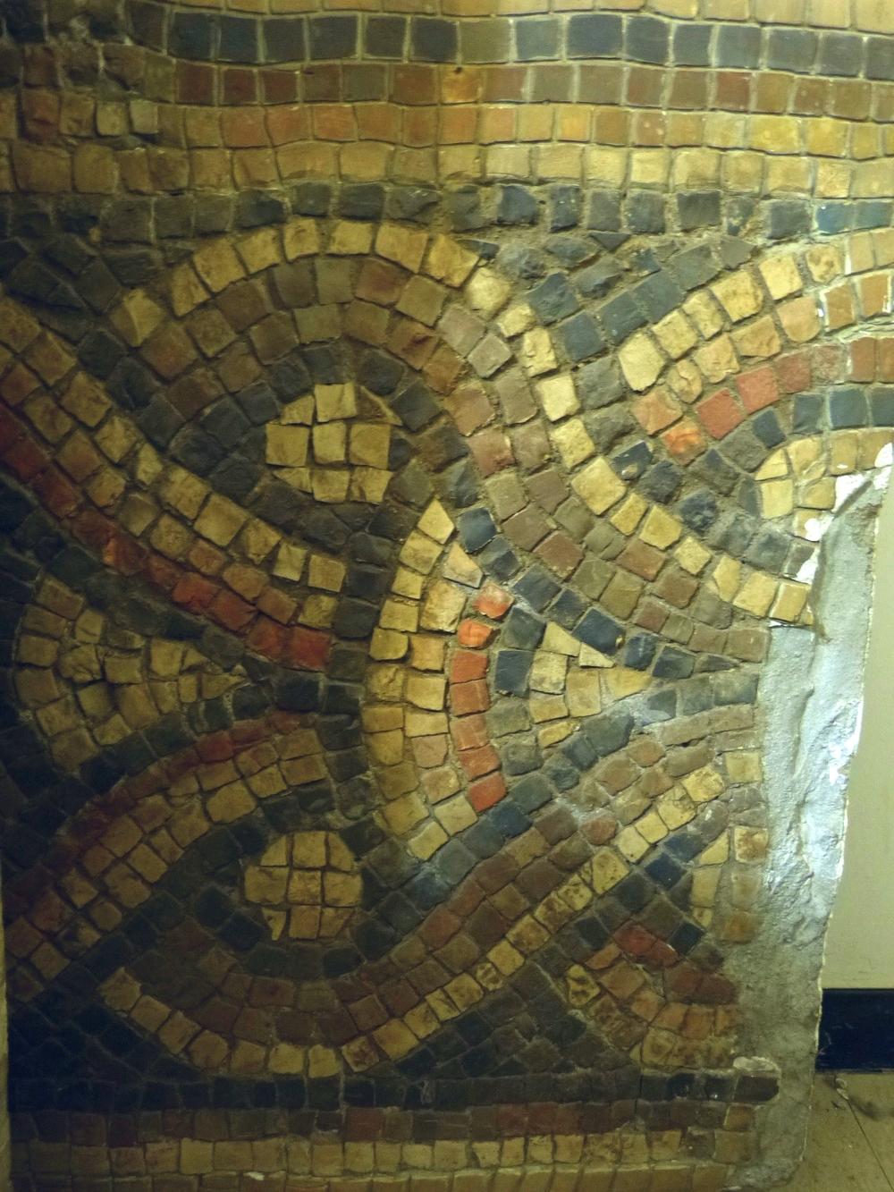 Chain Mosaic