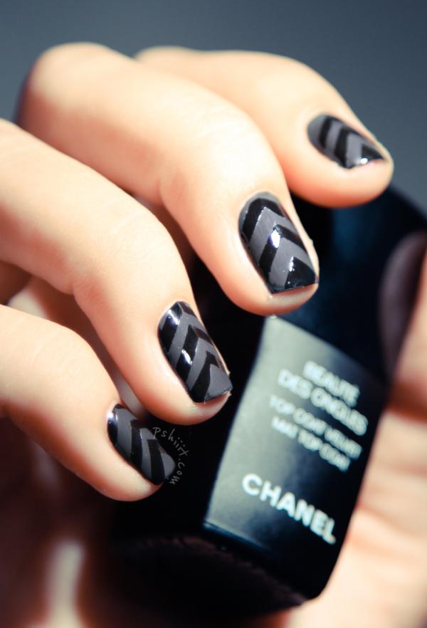 shiny-matte-black-chevron-nails.jpg
