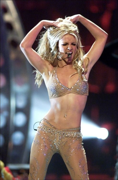 Britney Spears at the MTV Music Awards in 2000