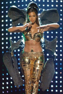 Beyonce at the 2007 BET Awards