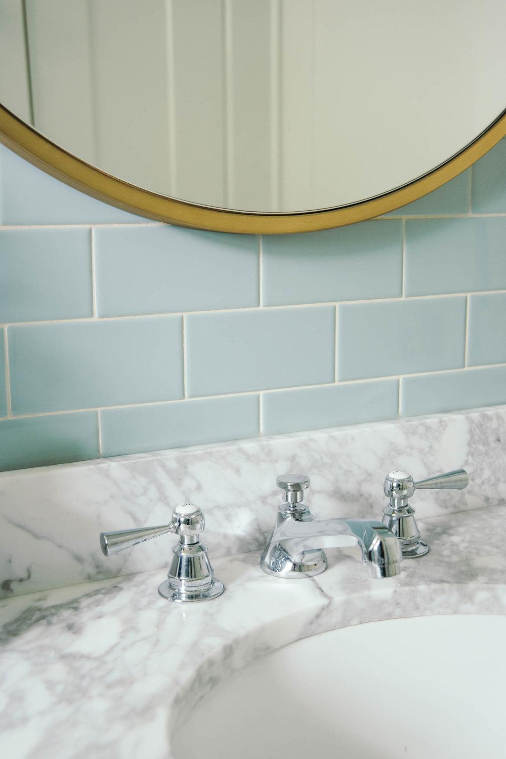 LKI_riverbend_bathroom-9.jpg