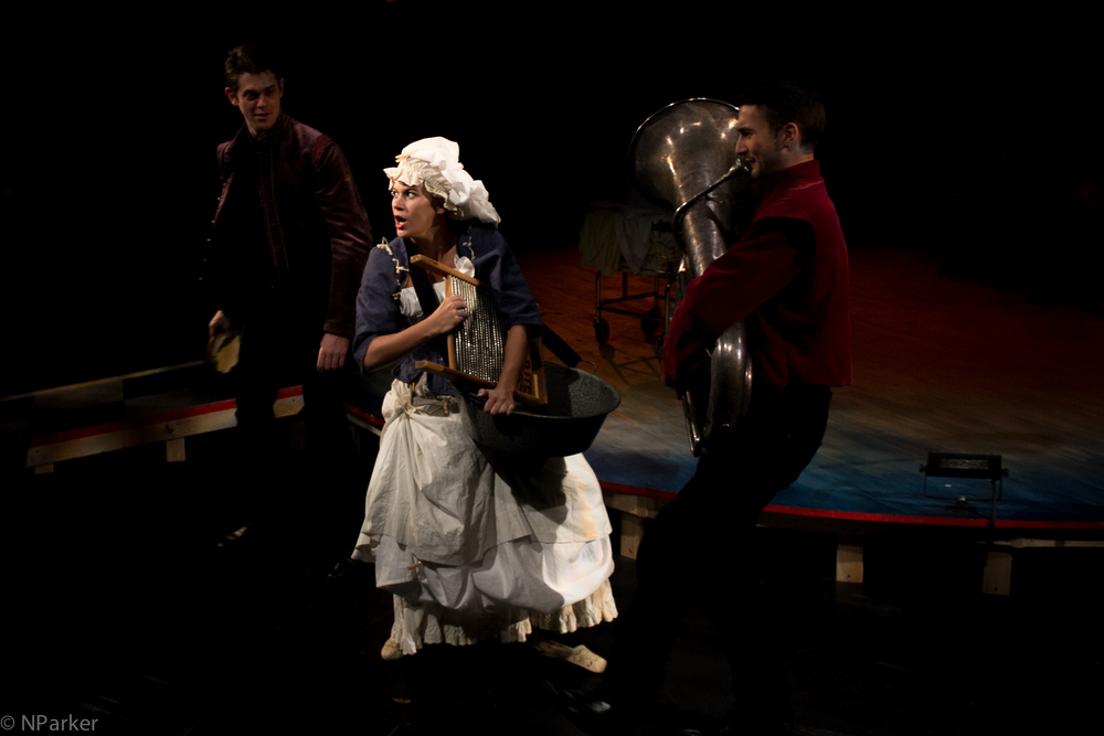 Tilly Boom (Sarah Halford) accompanied by Matt MacNelly and Andy Muelhausen.