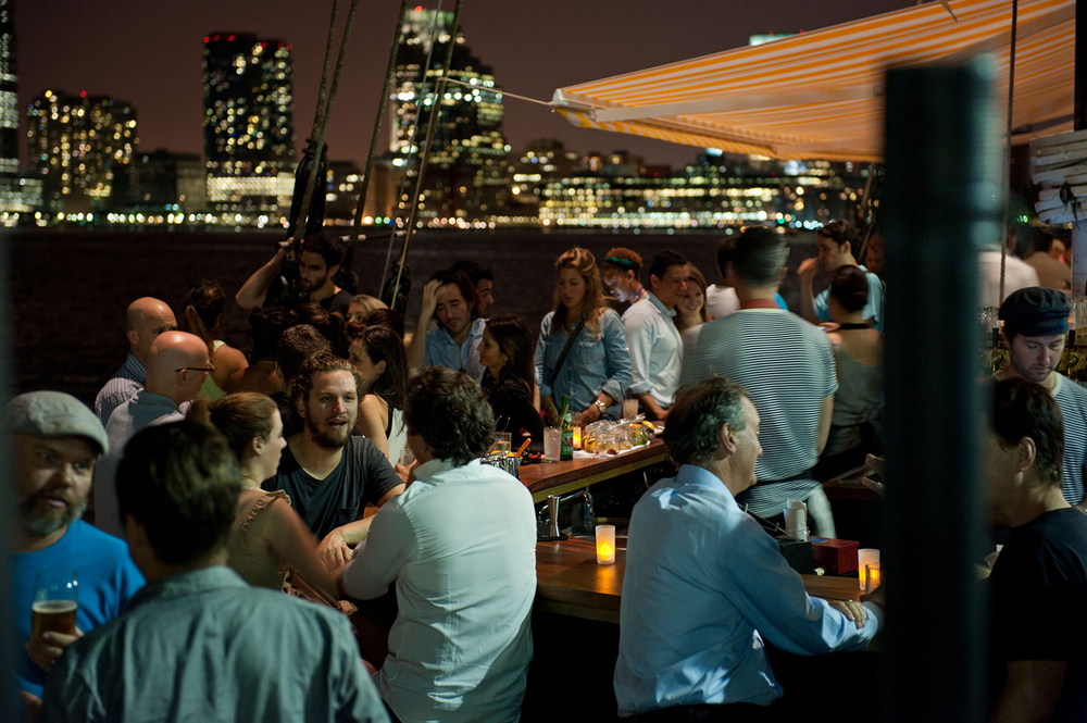Grand_Banks_Media_Kit_2015_Cocktail_Bar_Night_CREDIT-Liz-Clayman.jpg