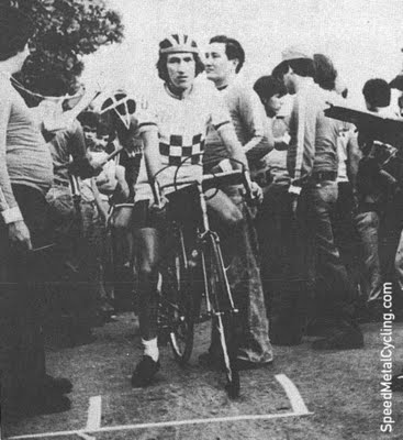 Herrera takes place in the Vuelta de la Juventud in 1979 (photo Mundo Ciclistico)